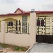 4 Bedroom Detached House for Sale, Ashaley Botwe